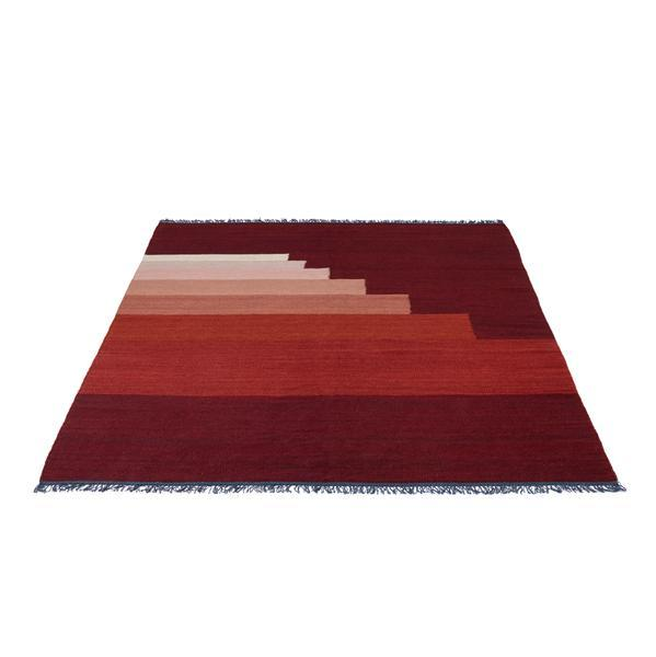 Bilde av Another rug gulvteppe 170x240 cm red vulcano